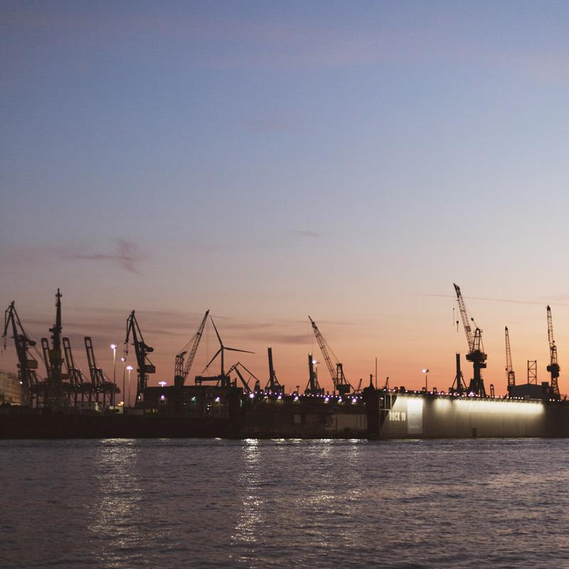 Hamburg Postkarten Set - Motiv: DOCK 10, Hamburger Hafen